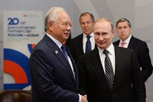 Встреча Владимира Путина с Премьер-министром Малайзии Наджибом Разаком
