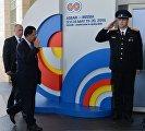 Прибытие глав делегаций - участников саммита Россия — АСЕАН к конгресс-центру в Сочи